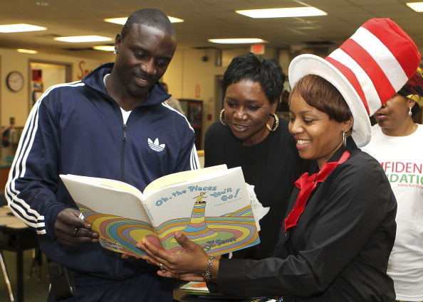 Akon & The Konfidence Foundation Celebrate NEA's Read Across America Day