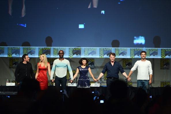 """Fringe"" Panel - Comic-Con International 2012"