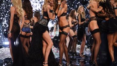 Victoria-Secret-Fashion-Show-2014-8