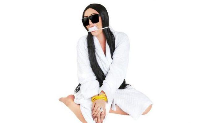kim-kardashian-costume