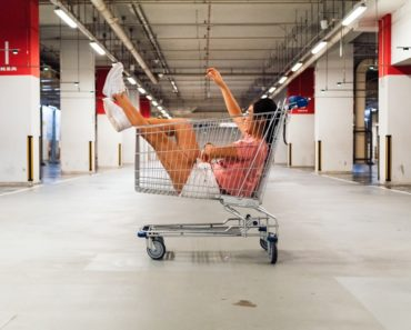 The Other Financial Reason I Can't Stand Shopping: Time